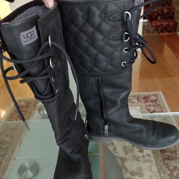 396361f484e Ugg Elsa Deco Quilt Waterproof Boot Size 7.5
